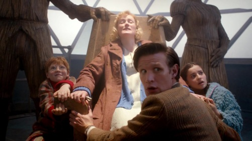 Doctor Who The Doctor, The Widow And The Wardrobe Flying Home For Christmas 2